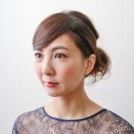 女子会や授業参観に! 30代からのおしとやかヘアアレンジ ~ミディアム編~