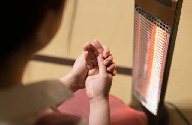 寒いのに汗をかく…その症状は「冷えのぼせ」かも?