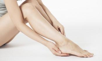 むくみを退治するセルフケア! 美脚をつくる生活習慣&リンパマッサージ
