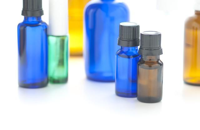 スキンケア用品の成分表記ついて知ろう!「化粧品」「医薬部外品」の違いは?注意すべき成分は?