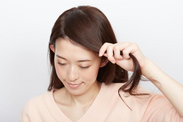 白髪カバーできるサイドお団子アレンジ_1