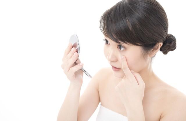 充血は眼のトラブル? 眼科医が教える充血の原因&アイケアの方法