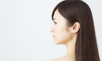 紫外線で髪が老化する!? 美容師に聞いた髪の毛の日焼け対策
