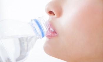 アクアソムリエ直伝! きれいになれる水の飲み方とは?