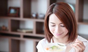 罪悪感もカロリーも軽減! 夜食に最適なスープレシピ3選