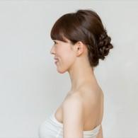 トレンドヘアで、いつもよりちょっとだけ「おしゃれ」に変身 ~クラシックな大人のまとめ髪スタイル編~